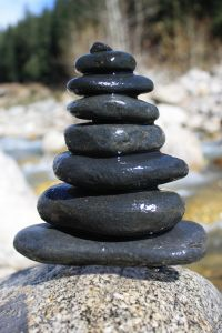 1117007_pebble_balance